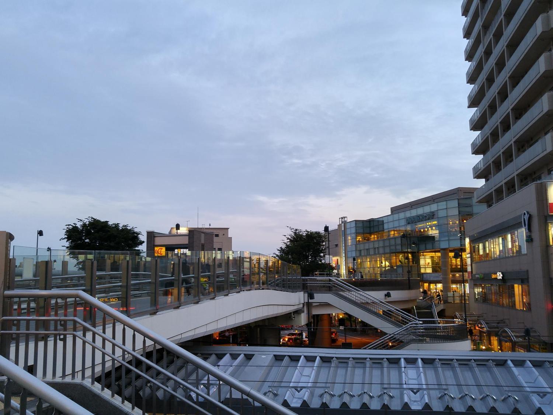 傍晚的大泉学园站