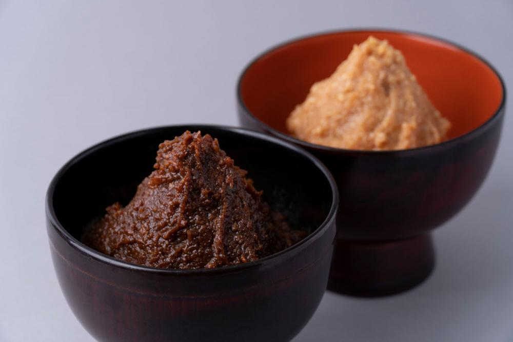 The only miso granary in handmade Tokyo to be particular about earnestly to grow on, and to make