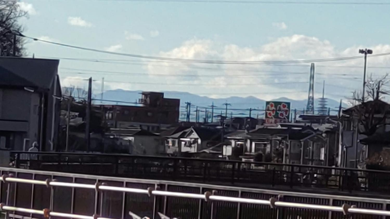 """샤쿠지이가와·상오나리 다리 부근에서 보는 """"고슈 알프스"""""""