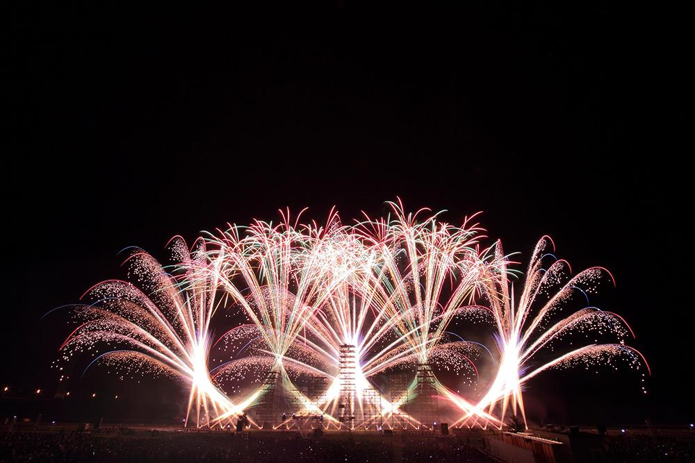 """Sponsorship Nerima-ku's first on Tuesday, August 1! Let's celebrate Nerima-ku the 70th anniversary of independence with all """"fireworks Festa"""" <br> of this! Image"""